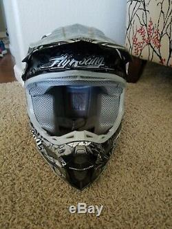 Fly Racing F2 Carbon Motocross Helmet MX Racing Offroad ATV Dirt Bike (Small) FS
